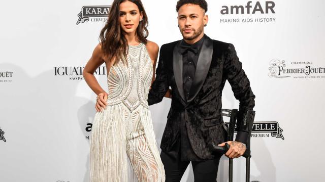 Neymar e Marquezine publicam indiretas após fim de namoro