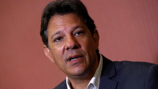 Chapa de Haddad pede inelegibilidade de Bolsonaro