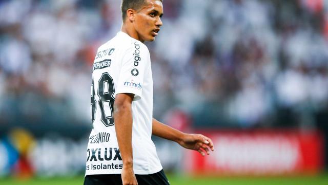 Empresário de Pedrinho recua sobre saída do Corinthians