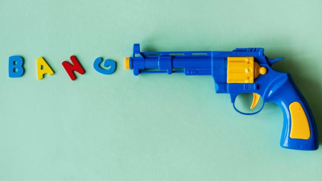 Para Unicef, crianças devem ficar 'o mais longe possível de armas'