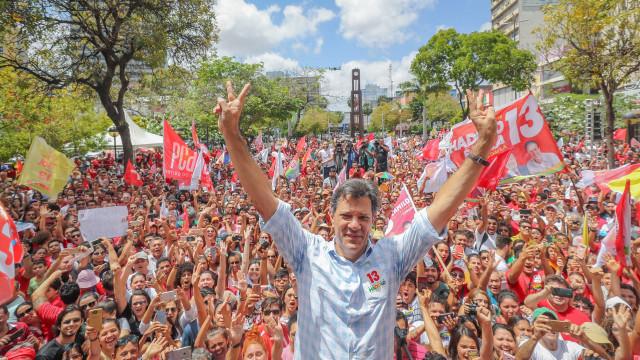 Haddad chama Bolsonaro de aberração e figura doentia