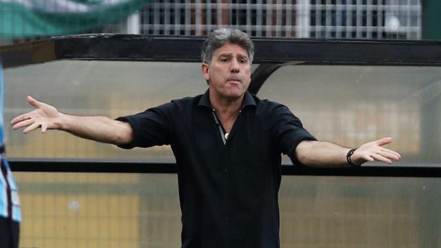 Grêmio sai atrás, mas busca empate com América-MG em jogo sonolento