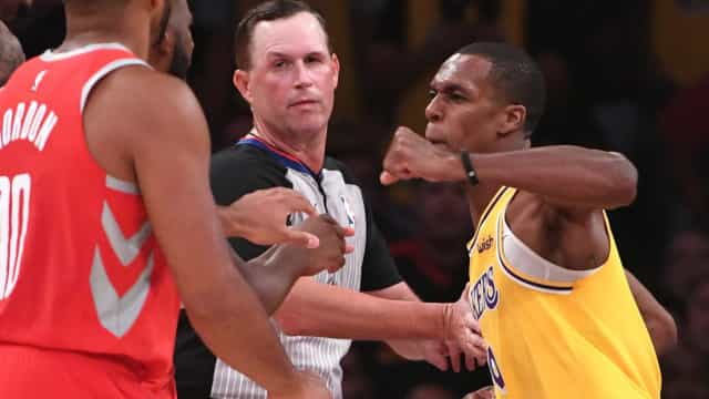 NBA suspende atletas por briga no jogo entre Lakers e Rockets