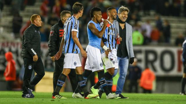Com vitória na Argentina, Grêmio quebra série de quase um ano do River