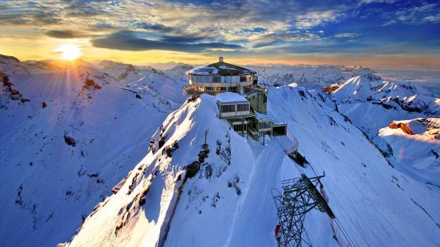 Viagem romântica: que tal um passeio a dois nos Alpes Suíços?