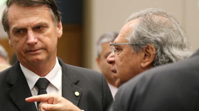 Equipe econômica de Bolsonaro quer remanejar verba do Orçamento