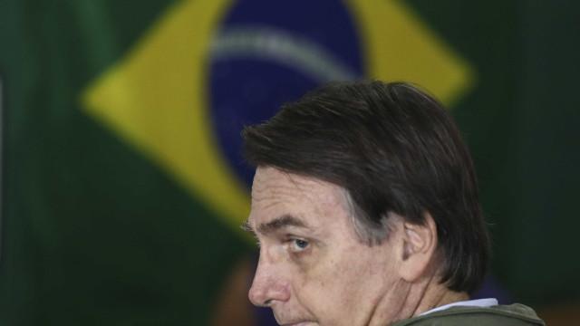 Bolsonaro diz que chamará Moro para ministro da Justiça ou para o STF