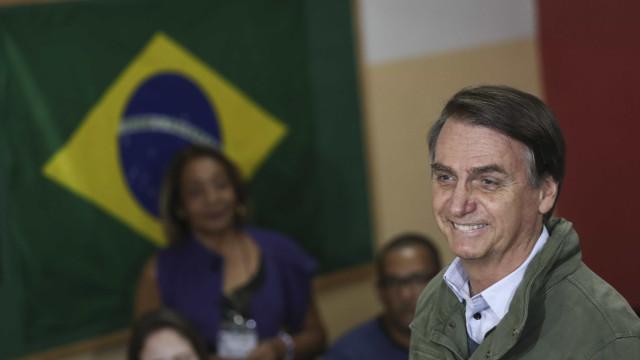 Bolsonaro segue passos de Trump e adota rede social para discursar