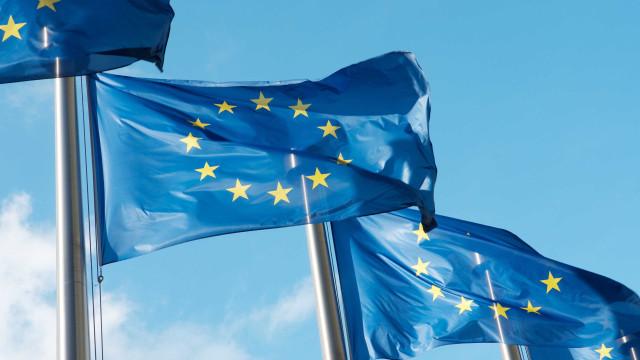 Brasil e UE assinam cooperação em gestão de serviços