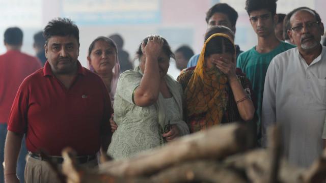 Menina de 4 anos é estuprada dentro de UTI por 5 homens na Índia