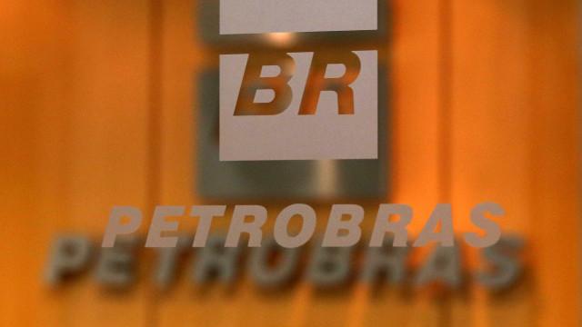Petrobras eleva em 2% o preço médio da gasolina nas refinarias