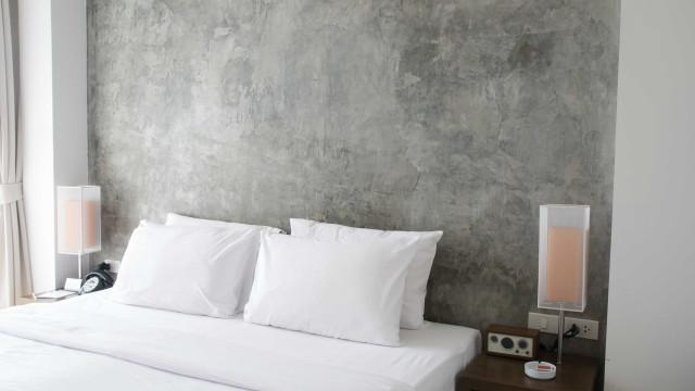 Aprenda a lavar e limpar seus travesseiros em casa