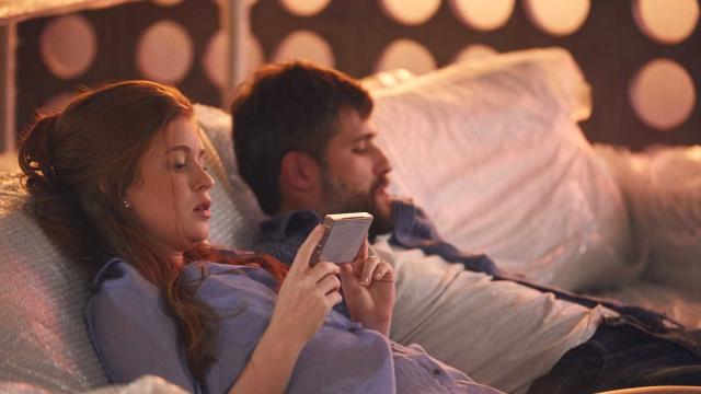 Marina Ruy Barbosa e Bruno Gagliasso falam de amor em novo filme