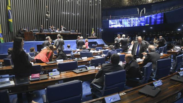 Senado aprova reajuste salarial dos ministros do STF; saiba o valor