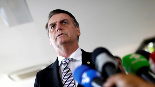 Sem compromisso oficial, Bolsonaro passa o feriado em casa descansando