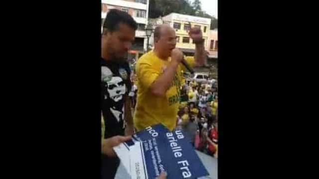 Filho de Witzel sobre destruição de placa a Marielle: Ali perdi meu pai