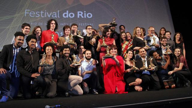Drama LGBTQ 'Tinta Bruta' é o grande vencedor do Festival do Rio