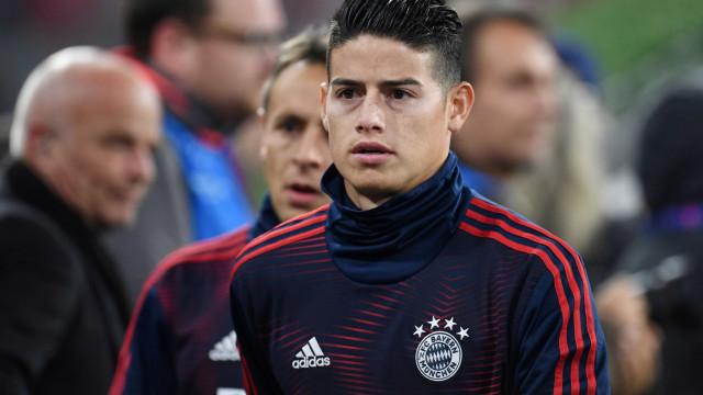 James Rodríguez rompe ligamento e desfalca Bayern nas próximas semanas