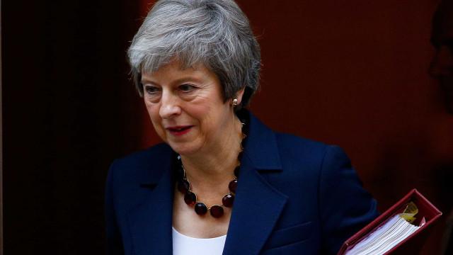 May diz que Brexit está 'significativamente mais próximo'