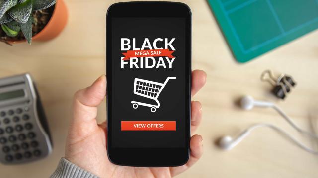 Homens vão gastar mais que mulheres no Black Friday, diz pesquisa