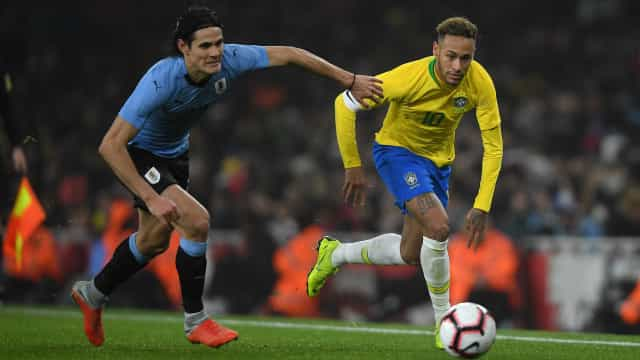 Neymar e Cavani minimizam jogo 'pegado' em vitória do Brasil