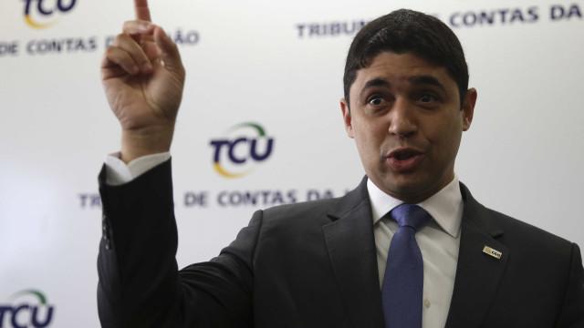 Bolsonaro mantém ministro de Temer na CGU