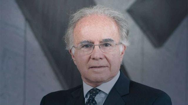 Jurista e educador Joaquim Falcão toma posse na ABL