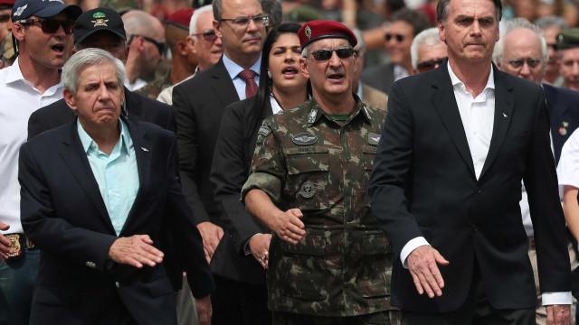 'Povo venezuelano não é mercadoria para ser devolvido', diz Bolsonaro