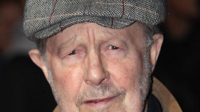 Morre o cineasta Nicolas Roeg, aos 90 anos, no Reino Unido