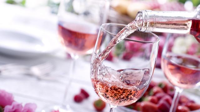 Melhor amigo da dieta, vinho tem menos calorias que brócolis; descubra