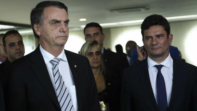 Bolsonaro tem acordo com Moro para afastar alvos de denúncias robustas