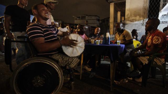 Dia Nacional do Samba celebra ritmo que expressa a cultura brasileira