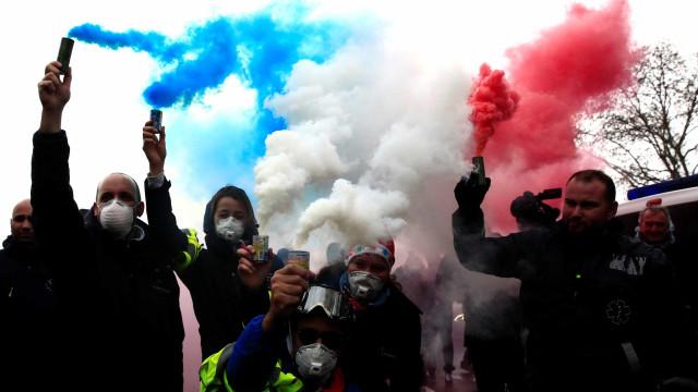 Bloqueios de coletes amarelos podem dar prejuízo bilionário na França