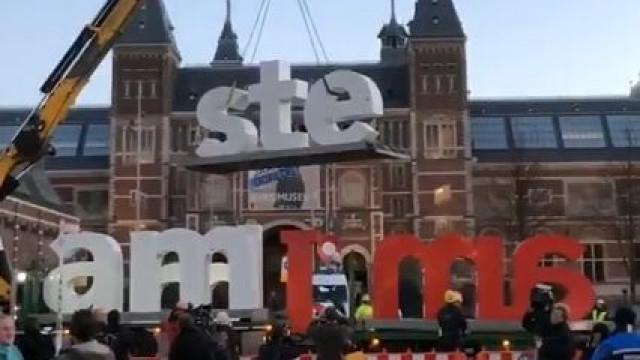 Amsterdã se despede de um dos seus mais icônicos símbolos