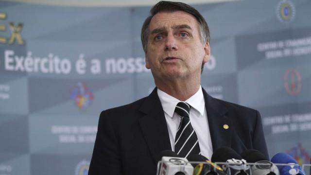 Para aliados, problemas com ex-assessor é teste de fogo a Bolsonaro
