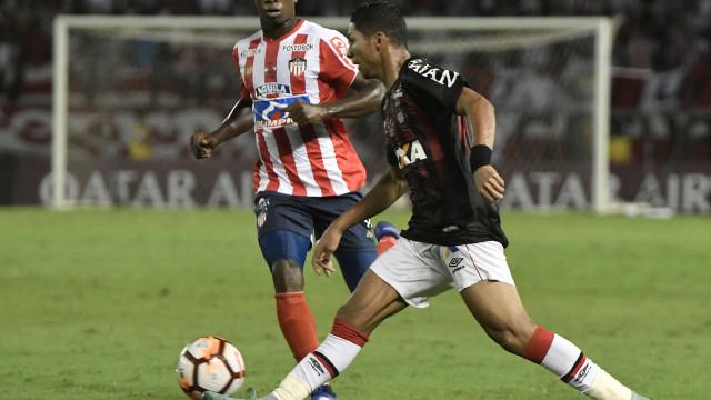 Atlético-PR empata no 1º jogo da final contra o Junior Barranquilla