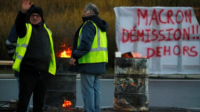 França apura suposta ingerência externa em protestos