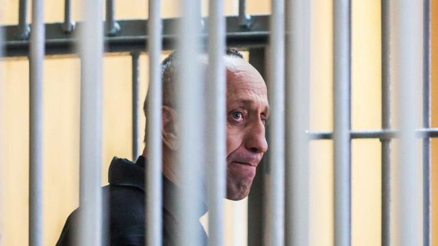 Rússia condena maior assassino em série do país por 78 homicídios