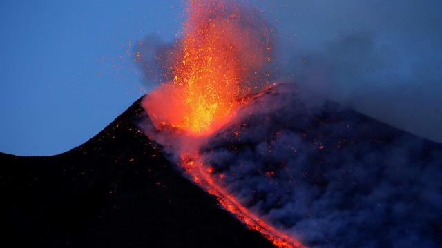 Terremoto causado por vulcão Etna deixa 600 desabrigados