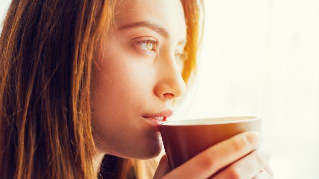 Café combate duas doenças que devastam o cérebro, diz estudo
