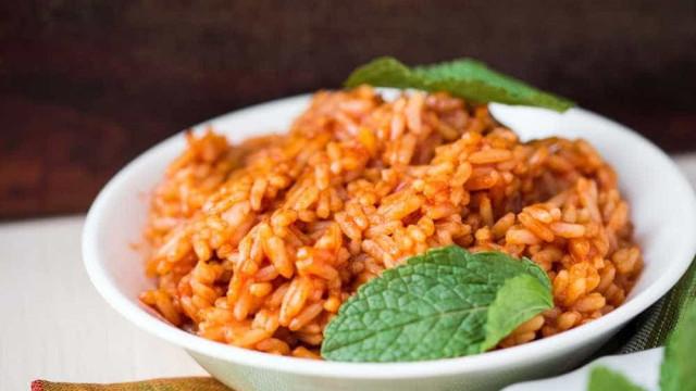 Especial de Natal: arroz de coco ao curry é opção para a ceia