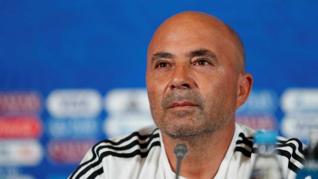 Santos espera Sampaoli e tem dois planos para apresentar técnico