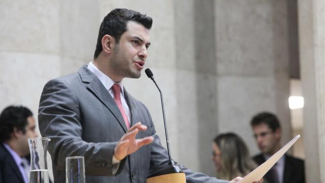 Sob vaias do MBL, Eduardo Tuma é eleito presidente da Câmara de SP