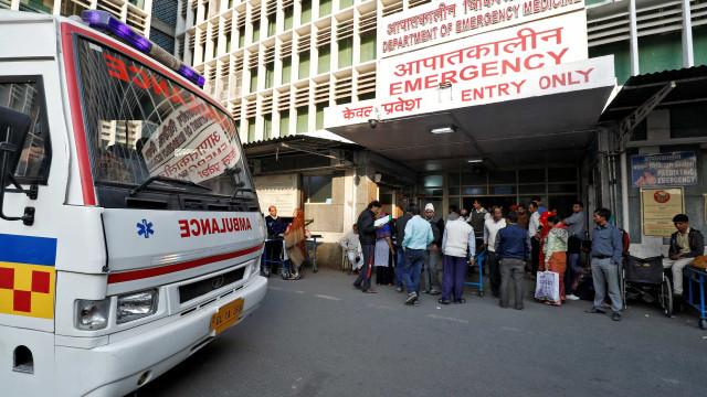 Suspeita de intoxicação alimentar mata 11 dentro de templo na Índia