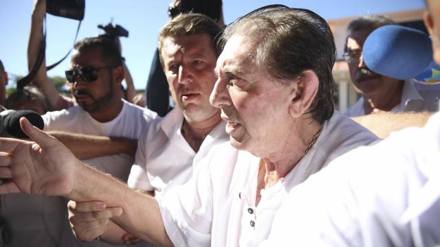João de Deus é considerado foragido e entra na lista da Interpol