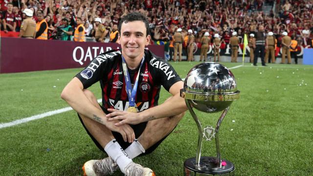 Sem acerto de valores, Flamengo desiste oficialmente de Pablo