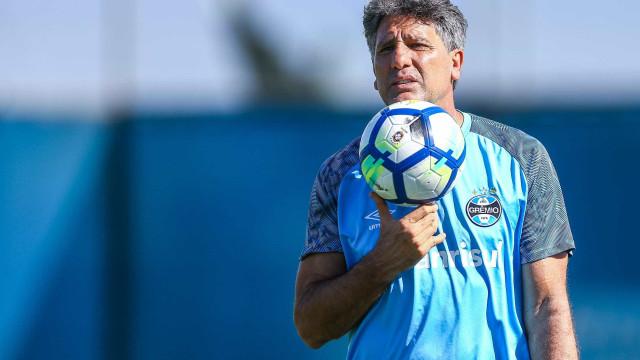 Sem Thiago Neves, Grêmio não vê opções e adia busca por novo meia