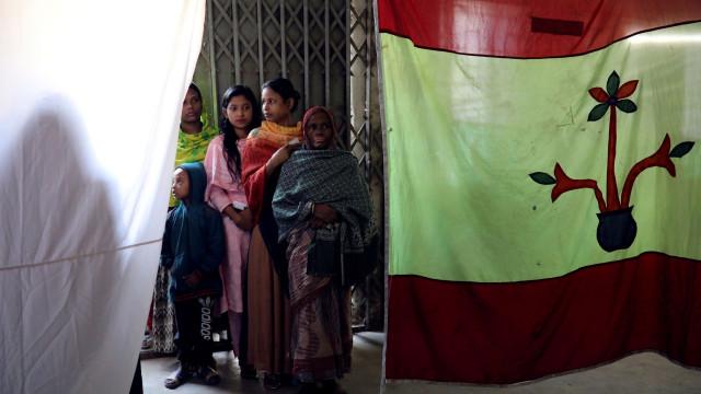 Confrontos durante eleições deixam ao menos dez mortos em Bangladesh