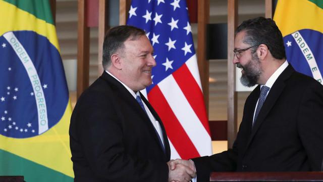 EUA defendem cooperação com Brasil contra regime autoritário