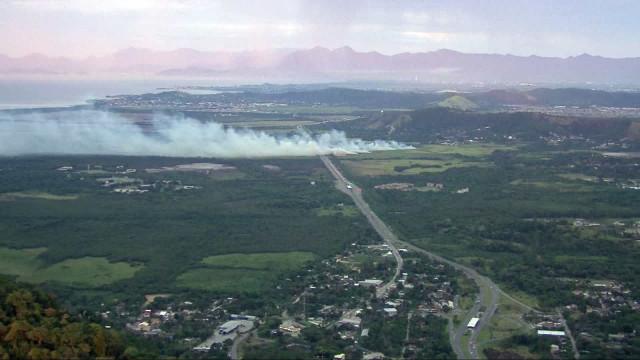 Rio: incêndio fecha parte do BRT Transoeste e trava vias